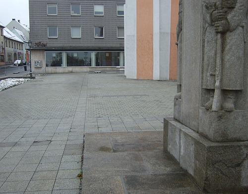 kriegerdenkmal_1935_voh.jpg