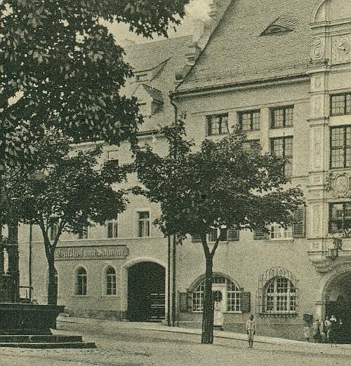 schwan_rathaus