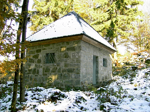 Kapelle (ehemaliger Bunker) auf dem Entenbühl