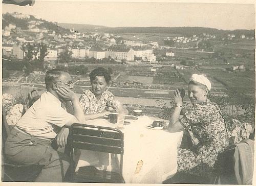 foto_kaffeetrinken_1947.jpg